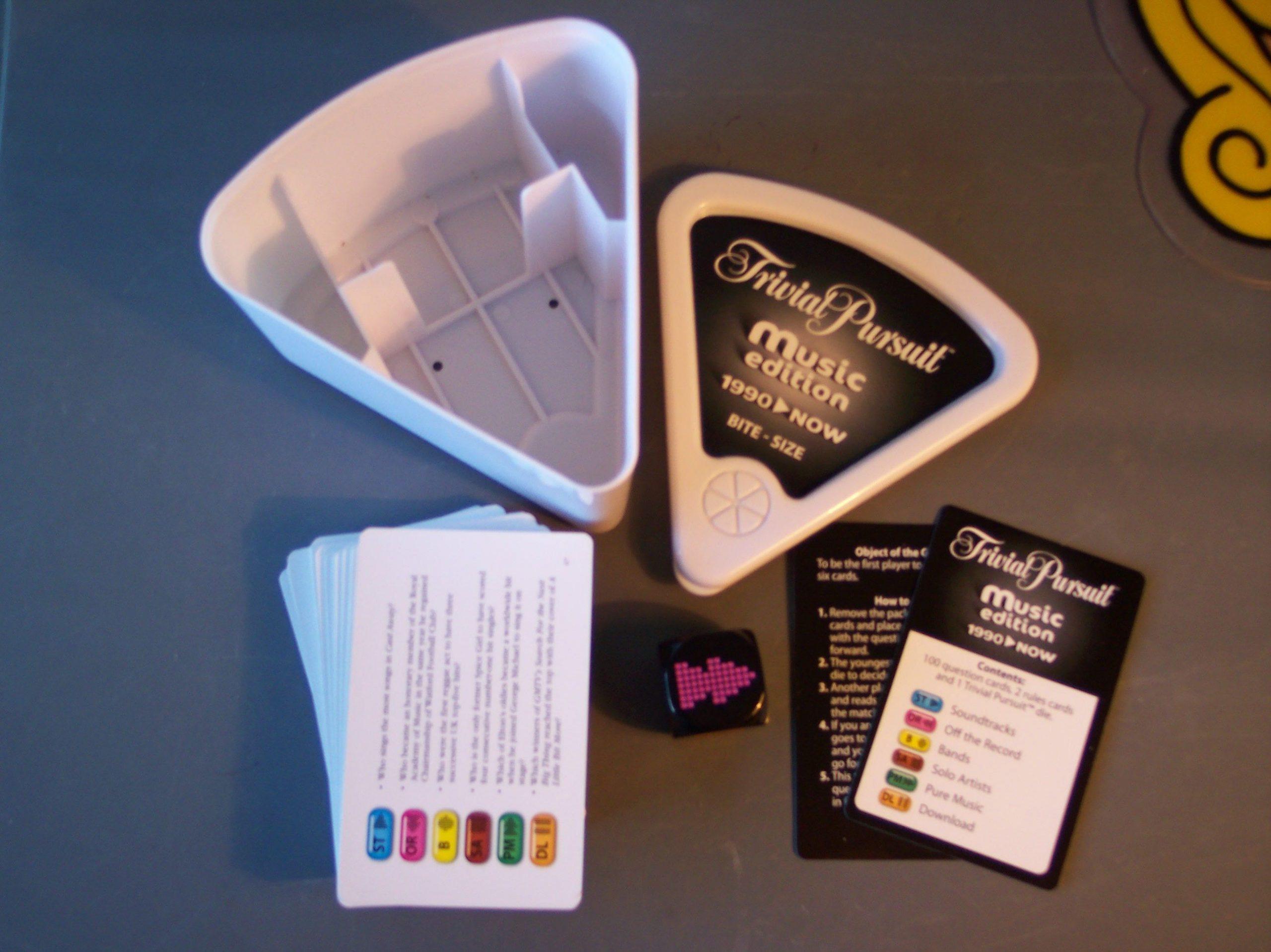 настольная игра Trivial Pursuit: Music Edition 1990-Now – Bite-size Trivial Pursuit: Music Edition с 1990 г. по настоящее время - Небольшой размер