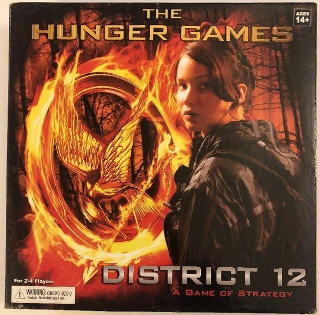 настольная игра The Hunger Games: District 12 Strategy Game Голодные игры: Стратегия Района 12